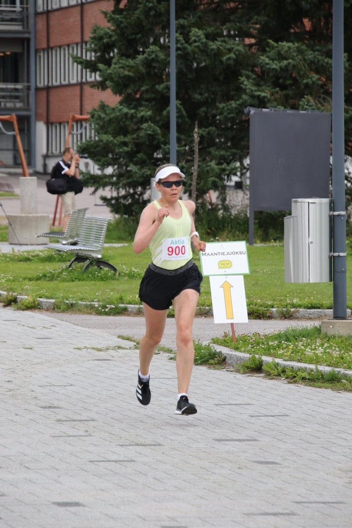 Viiden kilometrin testijuoksu AktiaMaantiecupissa