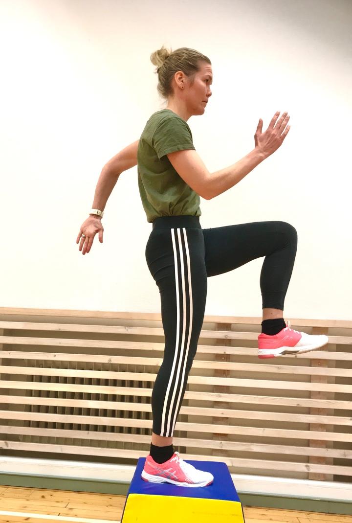 Juoksijan voimaharjoittelu – neljä asiaa, jotka kuuluvat hyvään alkuverryttelyyn